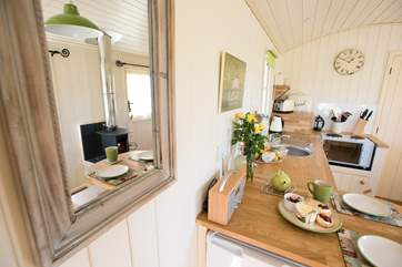 And equipped with everything you will need for your luxury glamping holiday.