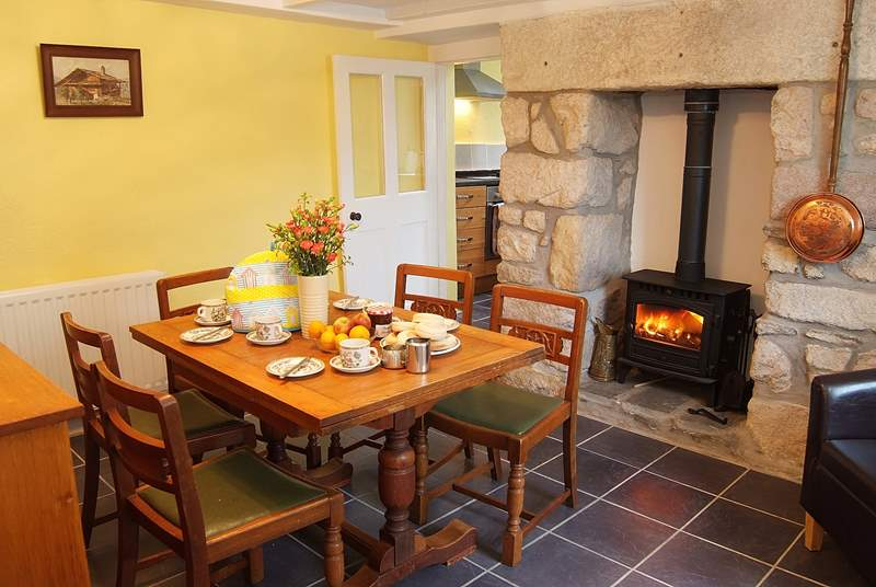 Breakfast is served in the dining-room, a cosy and comfortable space any time of year and located just off the kitchen.