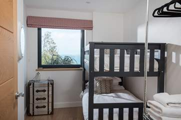 The bunk bed room, with a sea view.