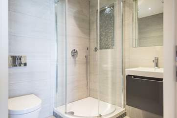 The ensuite shower room.