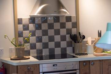 A fully fitted kitchen with all the utensils you will need for your ultimate luxury glamping holiday!