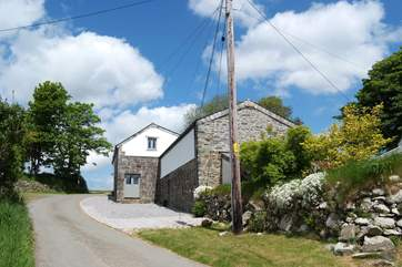 The two cottages are set on a tiny lane deep in the Cornish countryside.