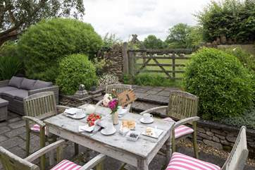 The perfect place for afternoon tea, with resident sheep in the adjacent field.