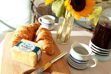 Breakfast for two.
