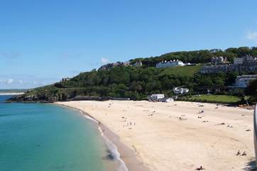 St Ives is just a short drive away.