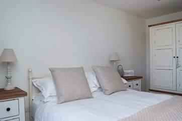 The en suite double bedroom.