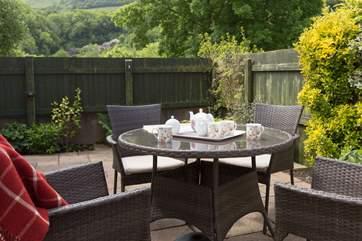 Tea on the terrace !