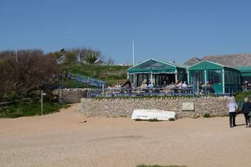 The Hive beach cafe at Burton Bradstock is well worth a visit, serving fresh seafood and delcious home made cakes.