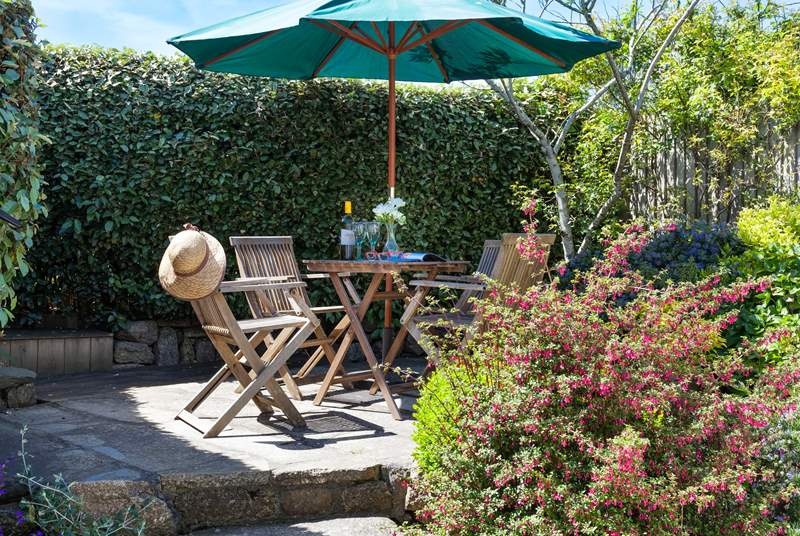 The very pretty courtyard garden is a sheltered little haven to return to after a day out exploring.