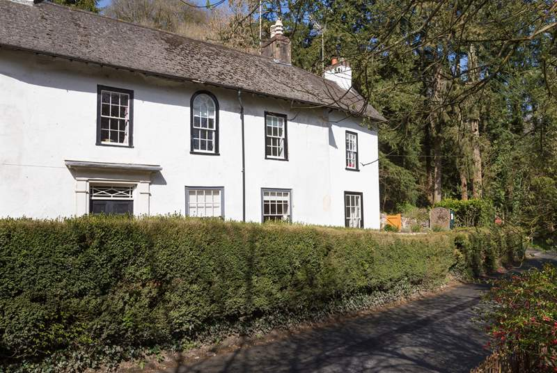 Andrew's House is the far right-hand end of this historic property on the edge of the beautiful little Exmoor town of Dulverton.