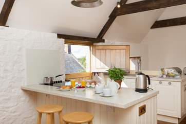 As well as the little dining table there is this breakfast bar