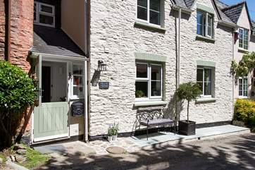 The outside of this gorgeous semi-detached cottage.