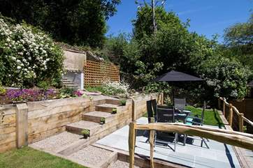 The lovely sunny garden.