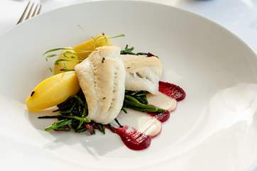 Fresh fish and seafood always feature on the menu alongside meat and vegetarian dishes.