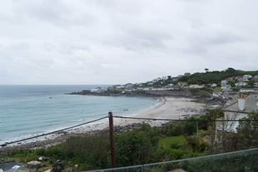 The Anchorage is located on the North Corner of Coverack, just a short walk to the hotel, village shop, restaurant and pub, and a hop and skip to the beach.