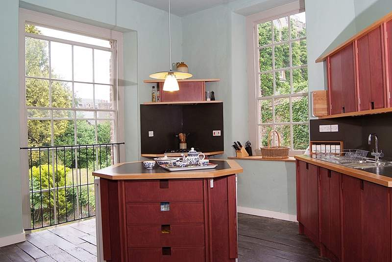 This historic buiding has a wonderful contemporary kitchen with all mod-cons.