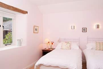 The twin bedroom (which can be made up as a 6ft king-size double bed) is at the other end of the ground floor.