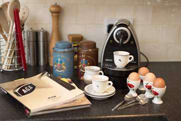 This is a very well equipped home from home, there is even an Aga Cook Book for you to make the most of and the owner has very kindly produced a helpful tips sheet if you are not used to Aga cooking.