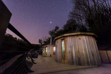Spend the evening star gazing from the hot tub.