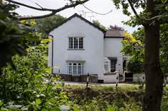 St Giles Cottage - Holiday Cottage - 2.7 miles N of Sidmouth