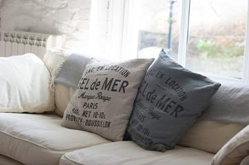 Sofas, throws and soft cushions for perfect relaxation.