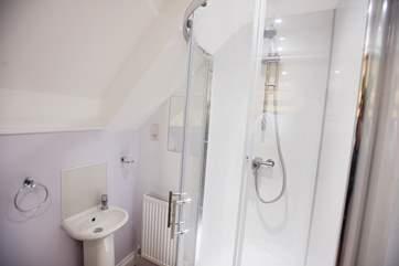 Each bedroom has an ensuite shower-room.