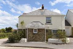 2 Old School Cottages - Holiday Cottage - Gerrans