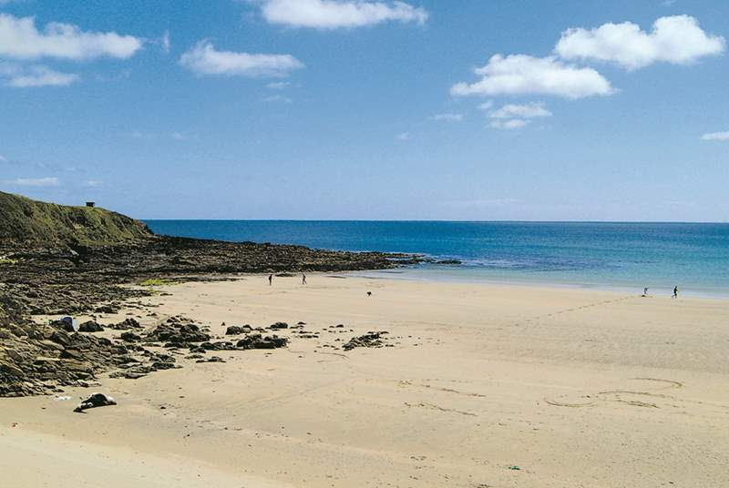 Porthcurnick Beach is a very short walk away.