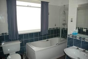 Ground floor bathroom.