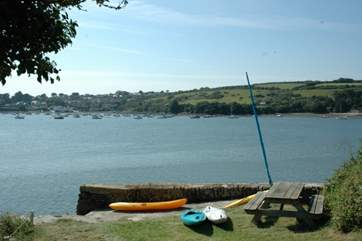There is a mooring for use (this dries out at low tide).