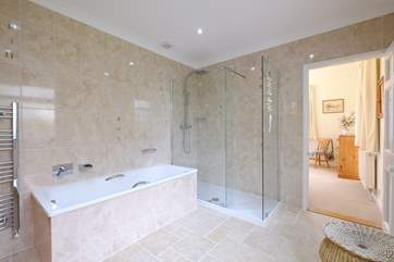 The en suite bathroom for Bedroom 1.