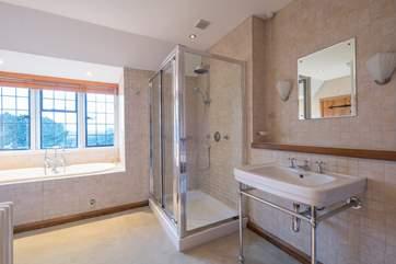 A spacious bathroom.