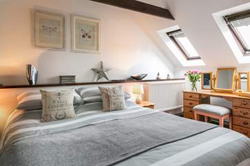 The gorgeous double bedroom.