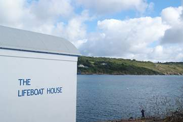 The old Lifeboat House is now a fish restaurant. (pls note closed in November and not open every day in winter months)