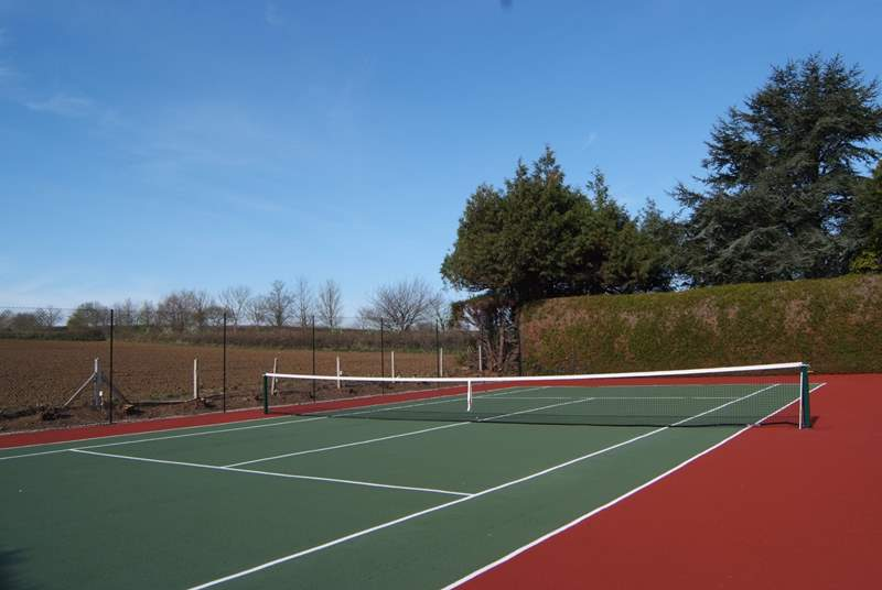 There is a fabulous tennis court for you to enjoy - with the added bonus of a great  view ! Tennis racquets and balls are provided.