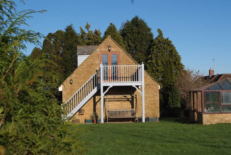 The Coach House is the first floor of this pretty barn conversion. The balcony gives fantastic panoramic views over the countryside