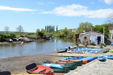 Boat and kayak hire on the river Frome, just ten minutes walk from Northgate.