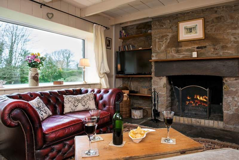 The open fire makes this an ideal holiday home all year round.