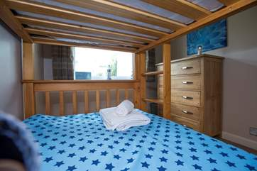 The bunk beds are full-size 3' single beds.