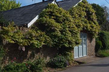 The Coach House is truly a real retreat where couples can switch off and relax.