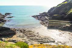 9 Coastguard Terrace - Holiday Cottage - Portloe