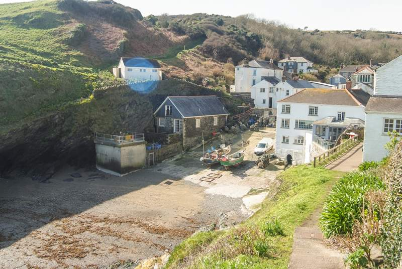 Looking down into Portloe cove from the coastal footpath (The Lugger is on the right....excellent food and spa treatments for relaxation!).