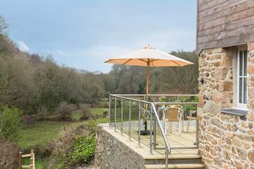 This lovely cottage is nestled in a valley with wonderful views across the owners land.