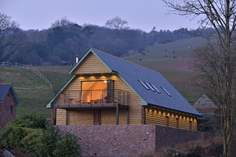 Bashford Lodge - Holiday Cottage - 6.4 miles NW of Taunton