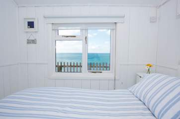 It will be difficult to get out of bed with a view like that!