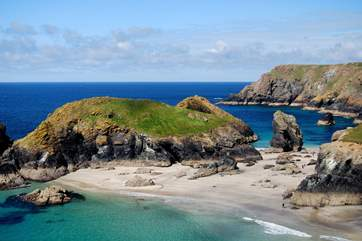 When you are out exploring the Lizard, the stunning Kynance Cove is within a short drive from Coverack.