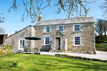 Trewint is a gorgeous Grade II Listed former farmhouse.