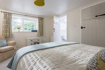 This bedroom also has an en suite.