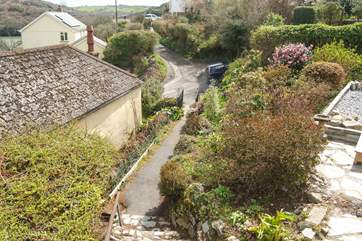 This little pathway leads from the garden to the back lane giving easy access to the small harbour and pub.