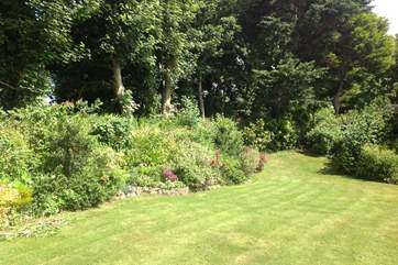 The gardens are beautifully maintained by a team of gardeners who visit on a regular basis.